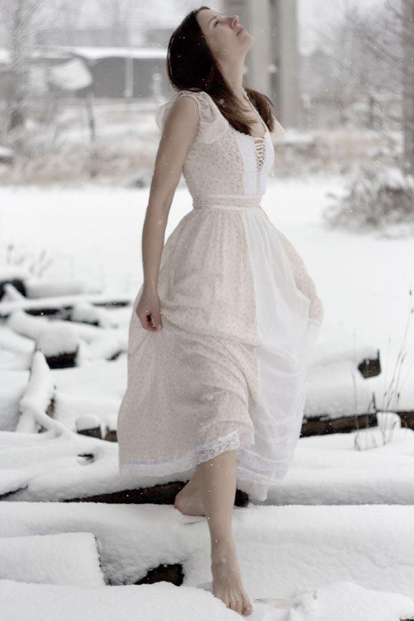 такое белье к чему снится бежать по снегу оптом производителя