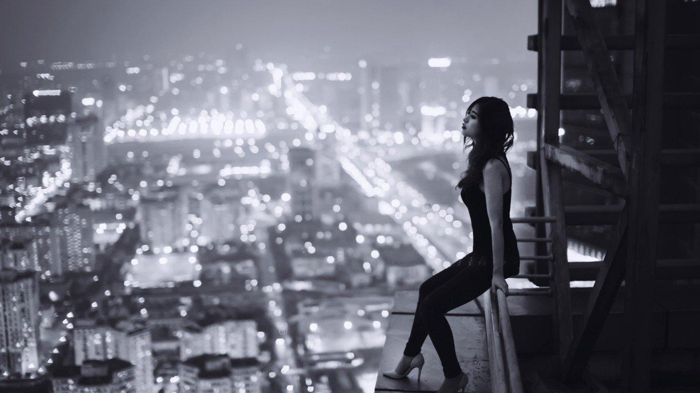 sadness-loneliness-pechal