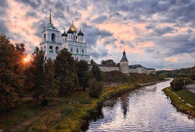 ДРЕВНЕЙШИЕ ГОРОДА РОССИИ - ПСКОВ
