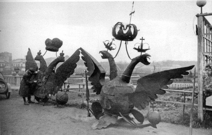 Снятые Никольский и Боровицкий орлы в ЦПКиО им. Горького, 23 октября 1935 г.
