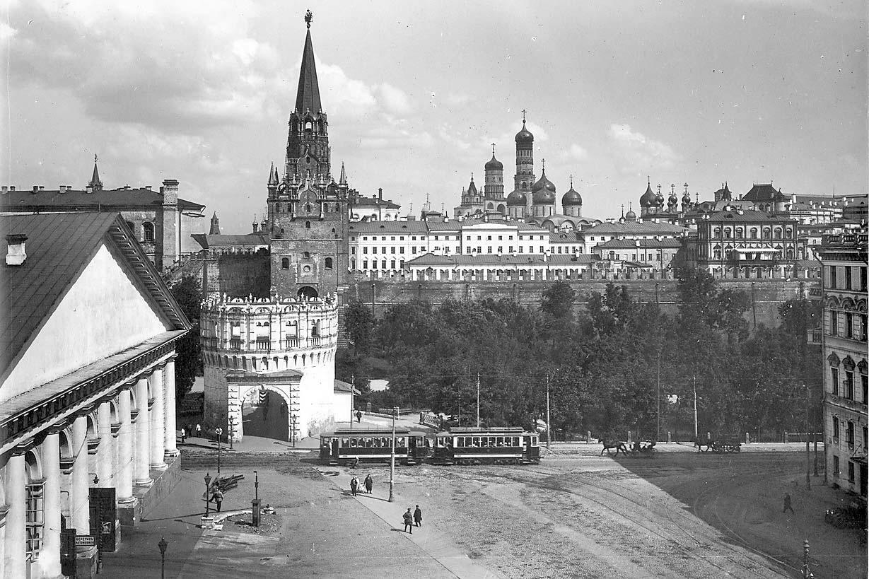 Кутафья башня, Кремль