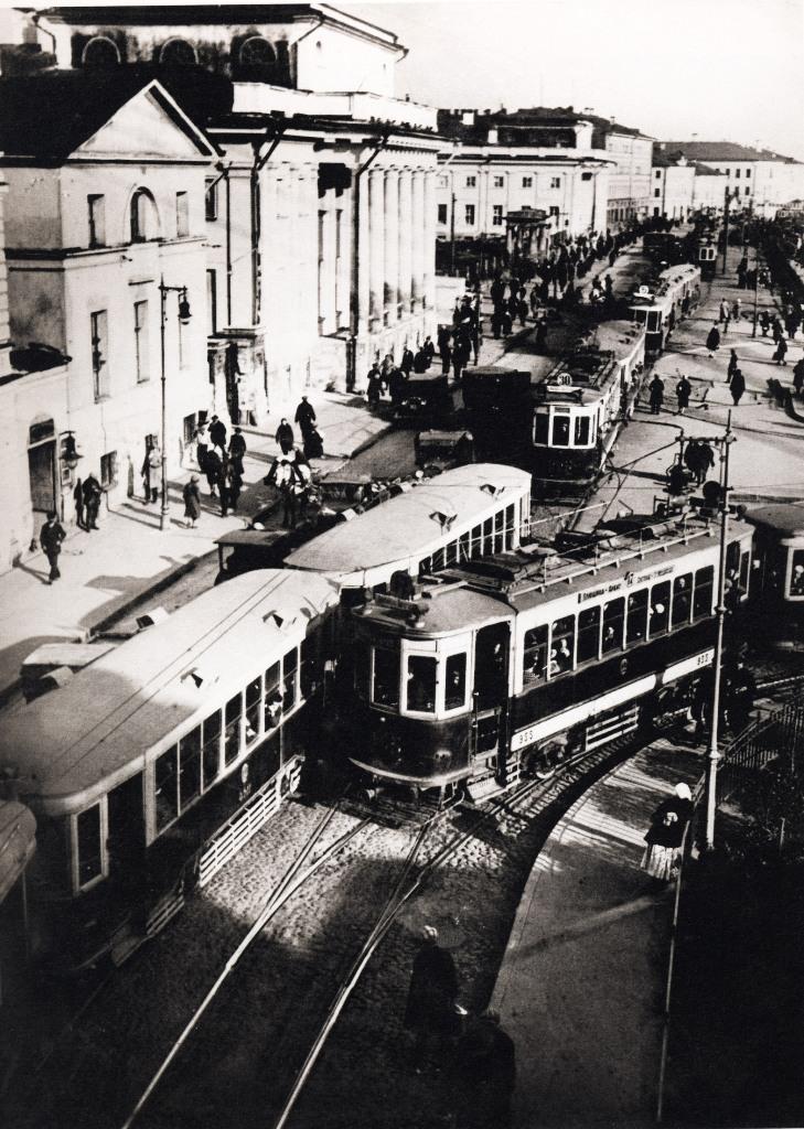 Проезд между Сухаревской башней и Институтом Склифосовского,1933