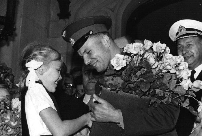 Букет Цветов Юрию Гагарину
