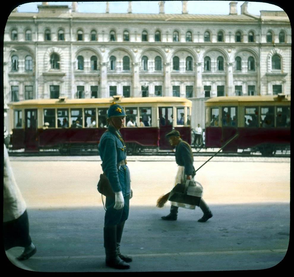 Моисеевская площадь. Вид на будущую Манежную площадь.
