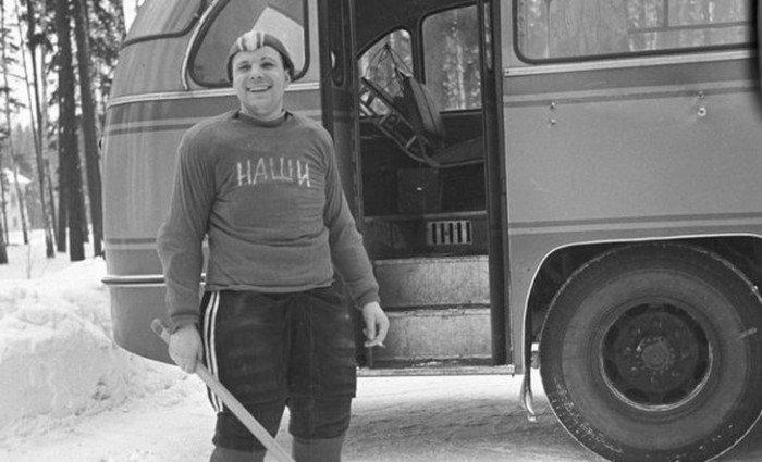 Юрий Гагарин хоккей