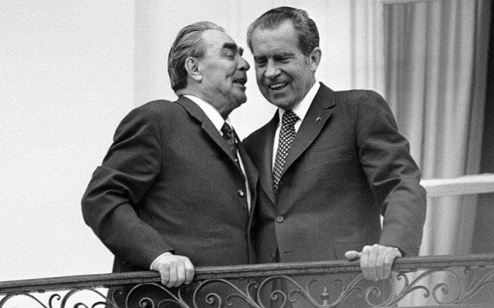 Брежнев и Никсон