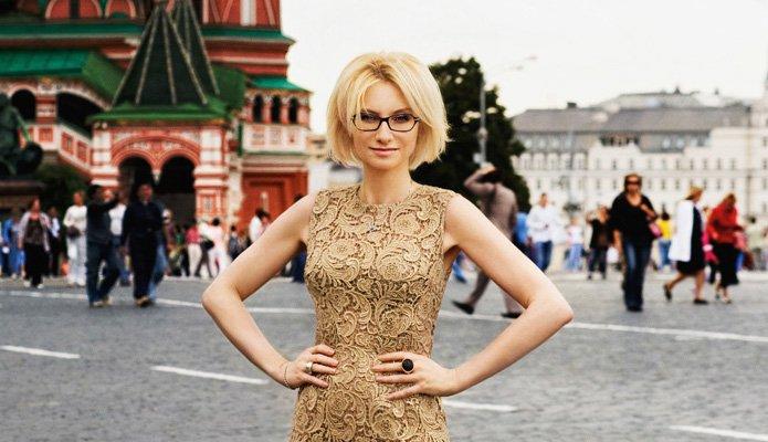 evelina-khromchenko