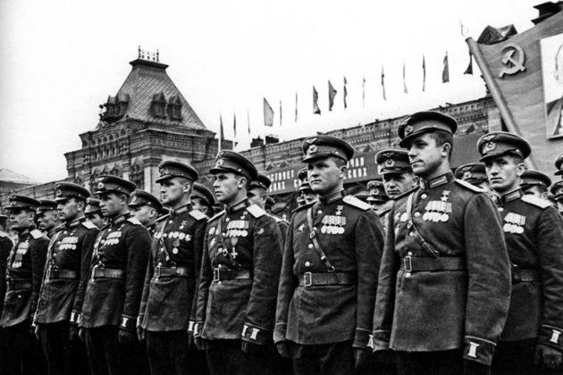 parad-pobedi-1945