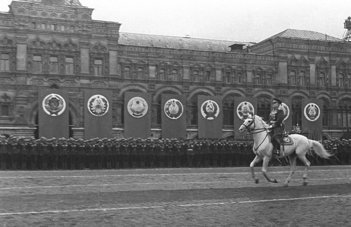 zhukov-parad