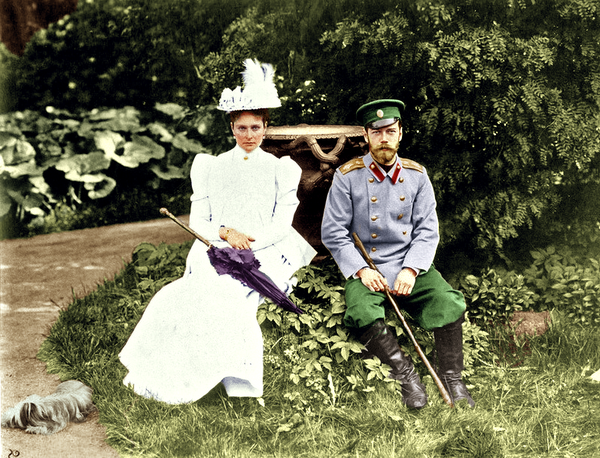 nicholas_and_alexandra_by_alixofhesse-d7tyz08