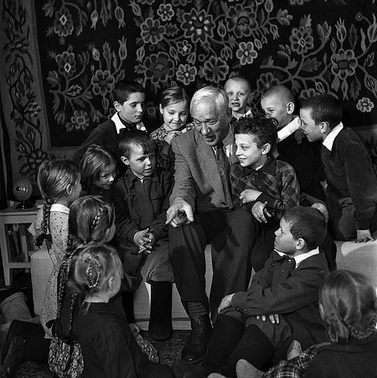 kornej-chukovskij-i-deti