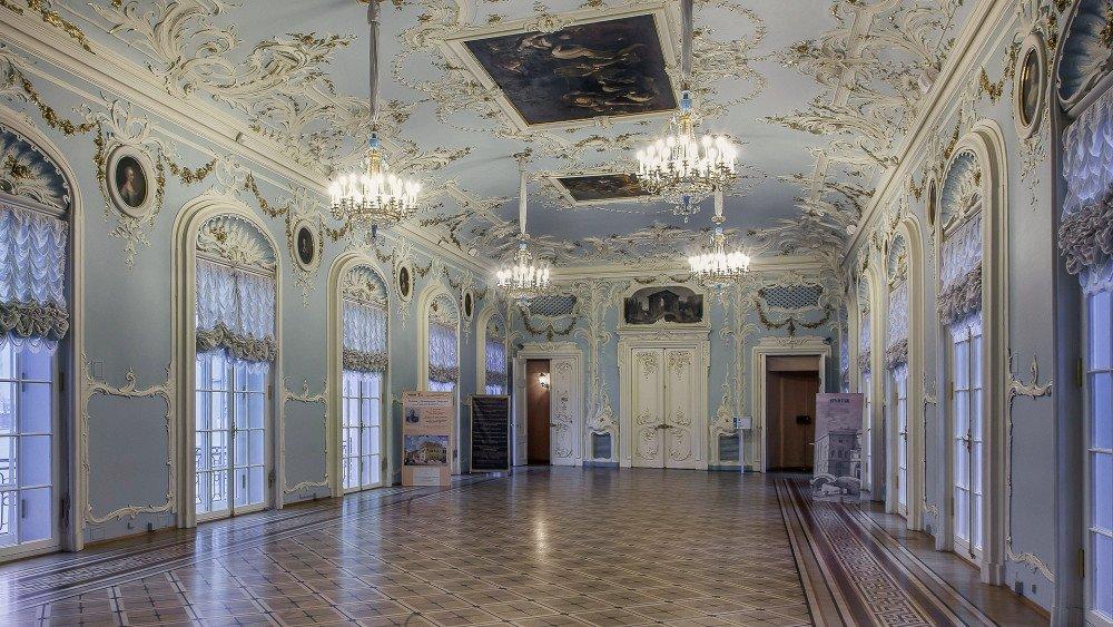 foje-ermitazhnogo-teatra