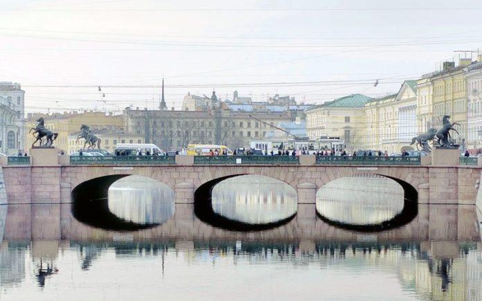 Anichkov-most