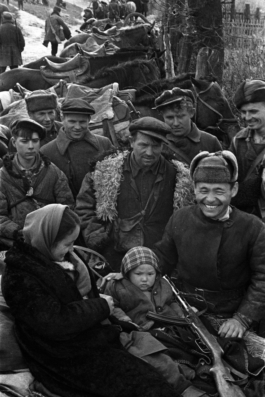 Partizanskaya-semya-1943