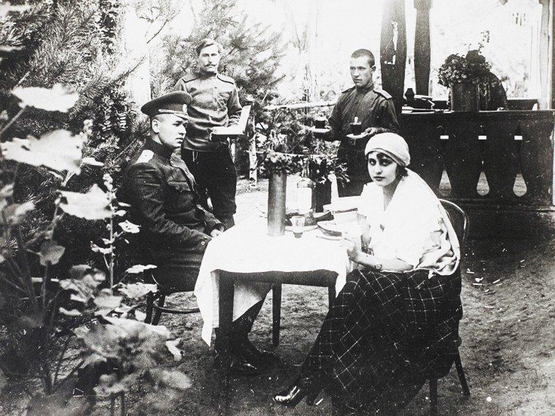 Vera-Holodnaya-vmeste-s-muzhem-Vladimirom