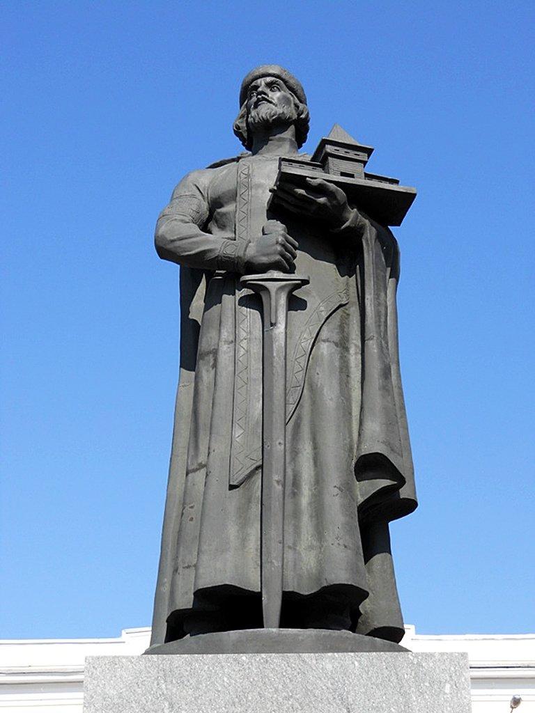 pamyatnik-yaroslavu-mudromu-v-yaroslavle, Ярославль