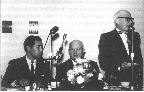 V.-M.-Suhodrev-i-N.-S.-Hrushhev