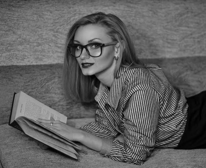 Анна Колодяжная