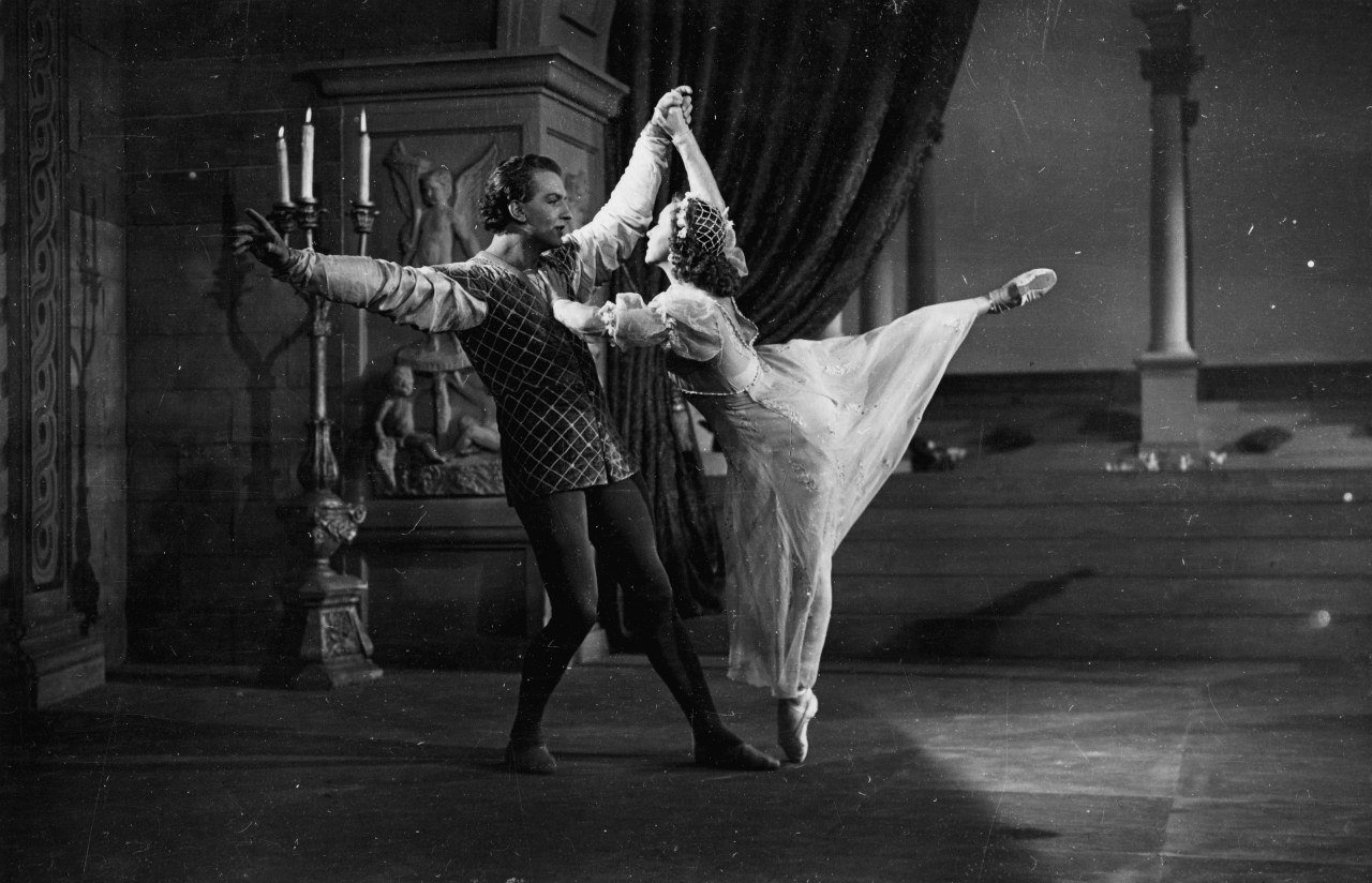 Galina-Ulanova-in-Romeo-and-Juliet
