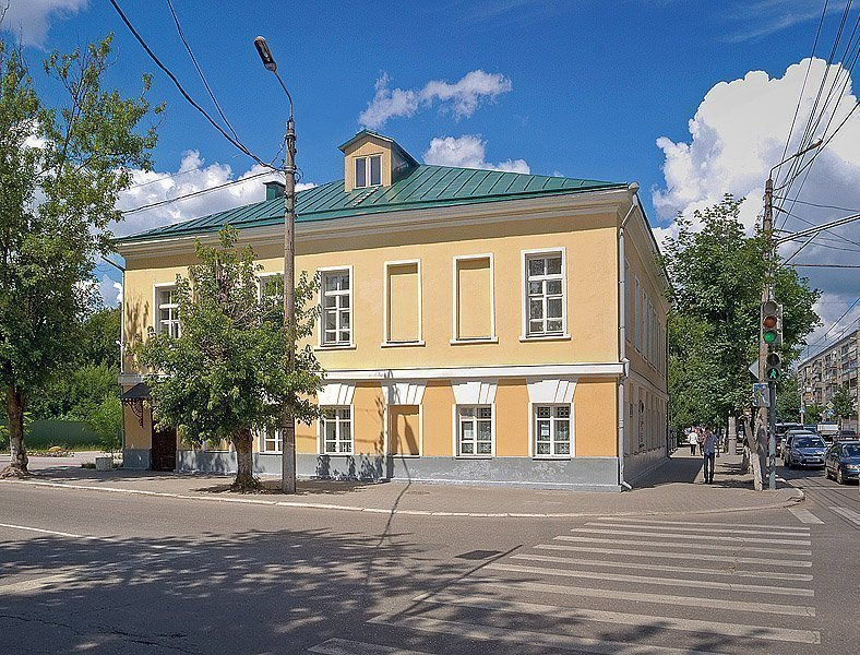 Dom-CHizhevskih