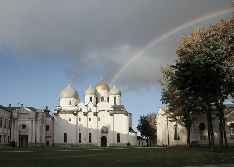 Sofijskij-sobor-v-Novgorode