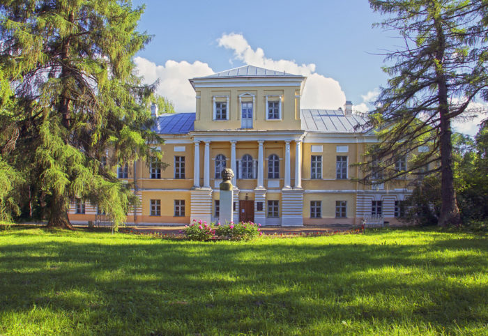 Muzej-A.-S.-Pushkina-v-Bernovo