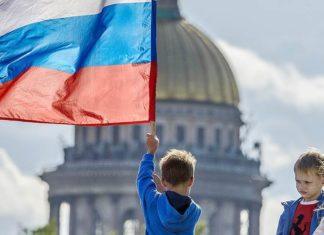 «Быть патриотом стыдно». Поговорим о феномене русского патриотизма