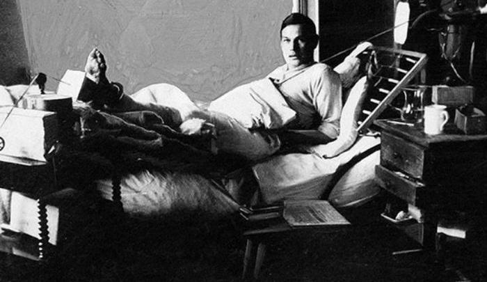 Рихард Зорге в госпитале